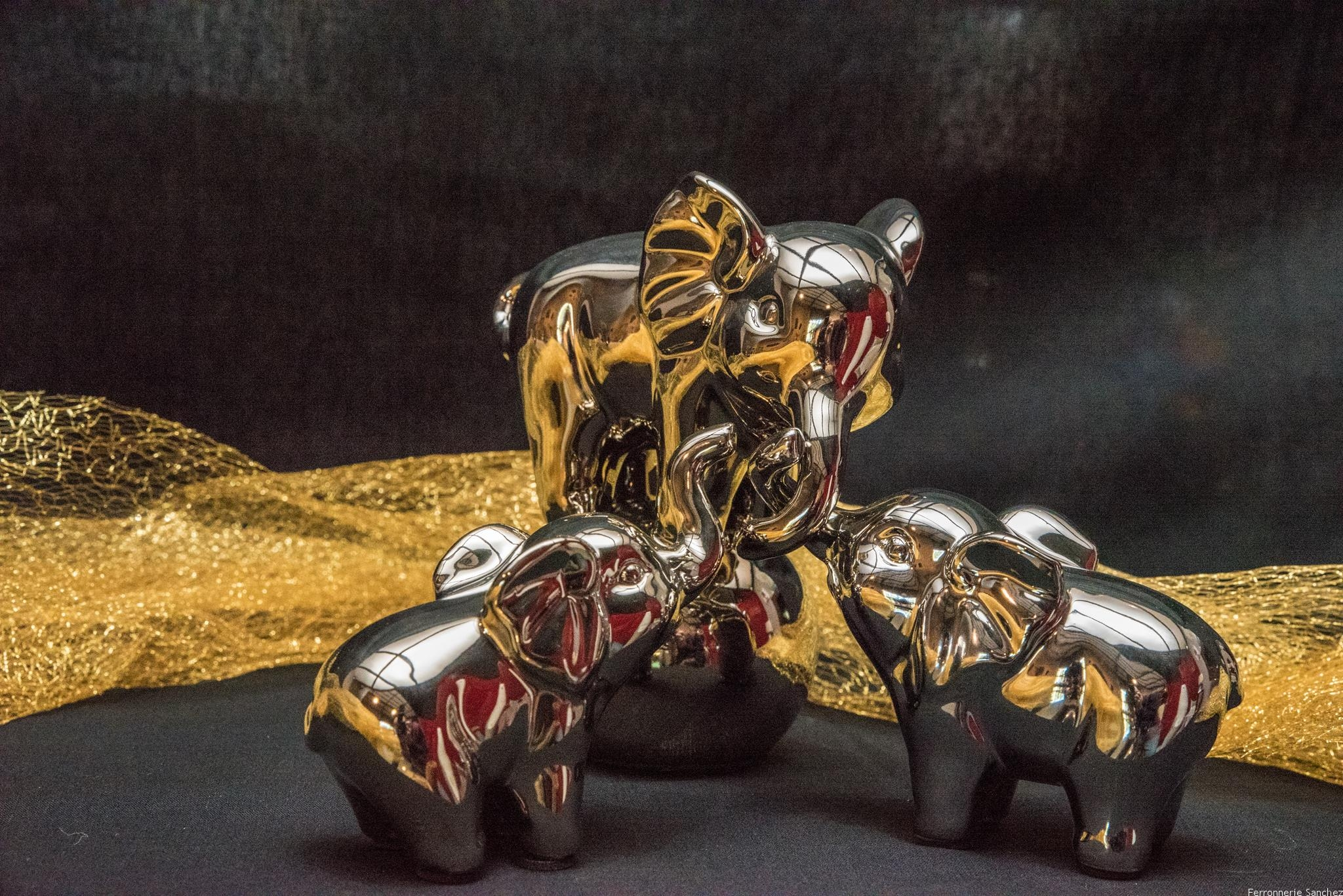 Famille Eléphants argent